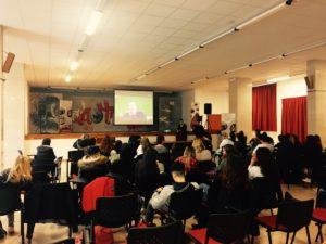 Massimo Galimberti in collegamento via Skype con gli studenti di Rieti